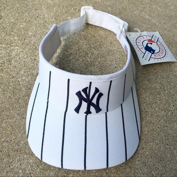 552d50a1f7dc2 Twins Enterprise NY Yankees Visor